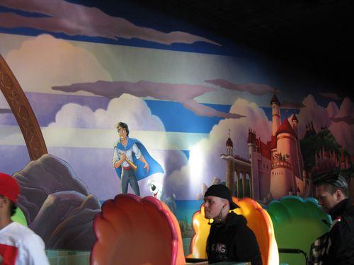 Disneyland 451