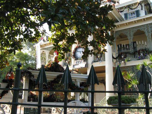 Disneyland 007